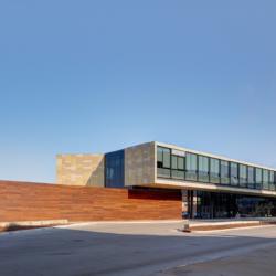 Swisspearl exterior - Транспортный центр Западного Кампуса