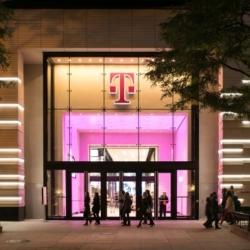 NBK. TERRART® — T-Mobile. Чикаго. Иллинойс. США (Custom)