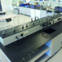 FunderMax interior - Лаборатория в Дании (Max Compact Resistance²)