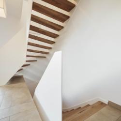 FunderMax interior - Лестница струны. Германия (Max Compact Interior)