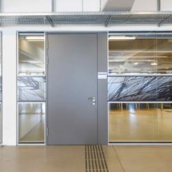 FunderMax interior - Реконструкция проекта Alpen-Adria-Universität. Австрия (Star Favorit P2 и Max standard HGS)