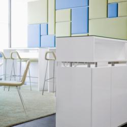 FunderMax interior - Tetra Pak Штаб-квартира. Австрия (Star Favorit Superfront white core)