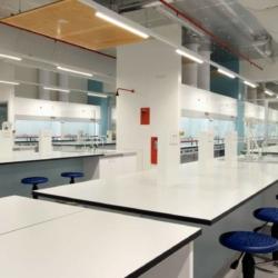 Trespa interior — Учебный центр наук. B43. Университет Вуллонгонг. Австралия (Trespa TopLab Base)