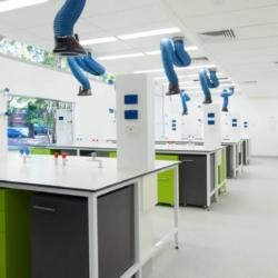 Исследовательский центр экологической реабилитации. Университет Ньюкасла. Австралия (Trespa TopLab Plus)